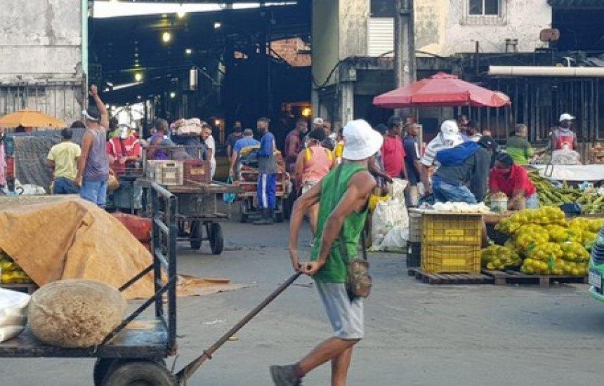 [Feira popular de São Joaquim tem movimento intenso na véspera de São João]