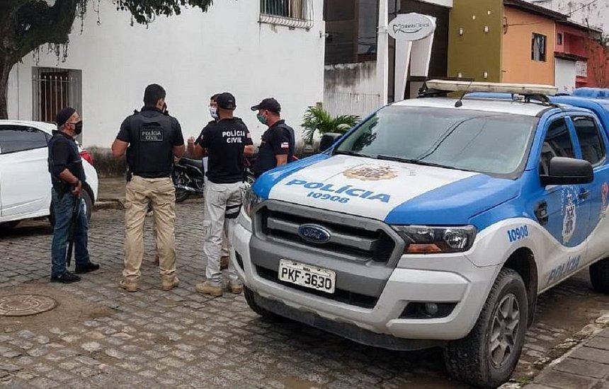 [Polícia apura fraude em contratos de abastecimento de veículos de vereadores]