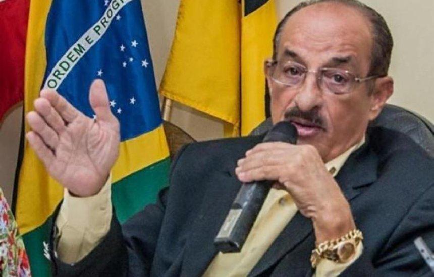 """[Bahia: Prefeito anuncia que vai reabrir comércio e declara: """"Morra quem morrer""""]"""