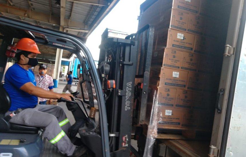 [Rede pública de saúde baiana recebe doação de 36 mil litros de álcool líquido da Ypê]