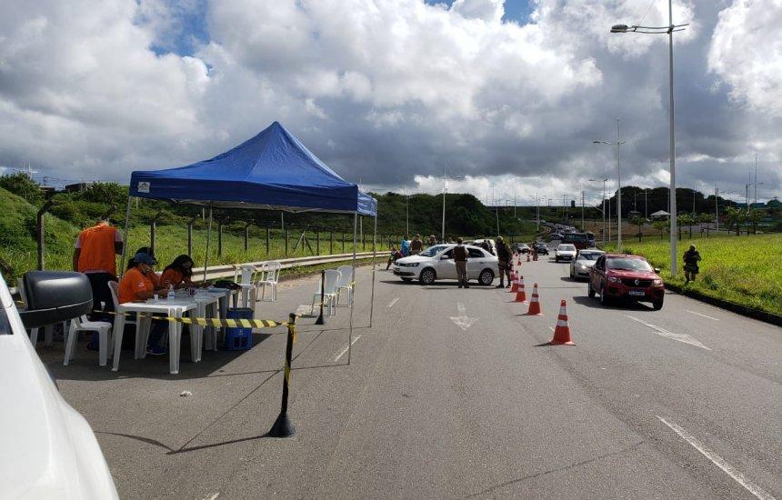 [Operação conjunta entre Detran e PM flagra carros roubados e porte ilegal de arma no final de semana]