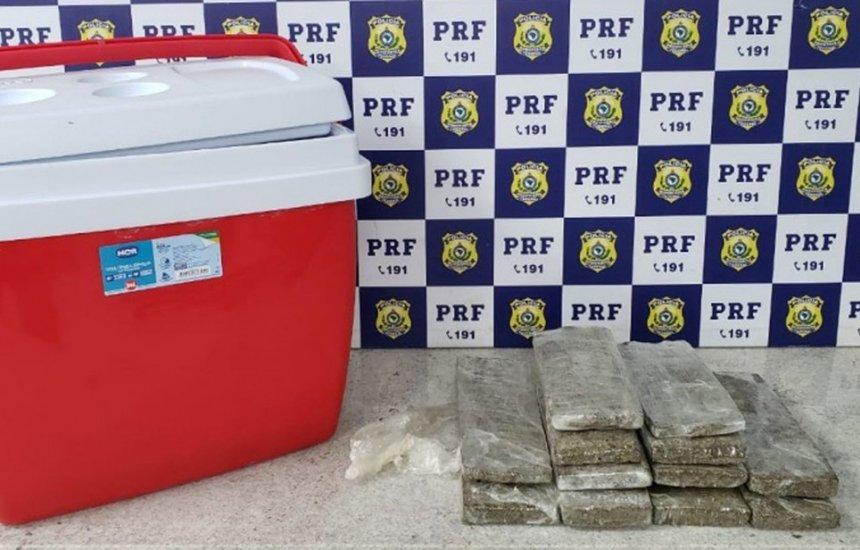 Maconha é achada dentro de caixa térmica após policiais sentirem cheiro da droga