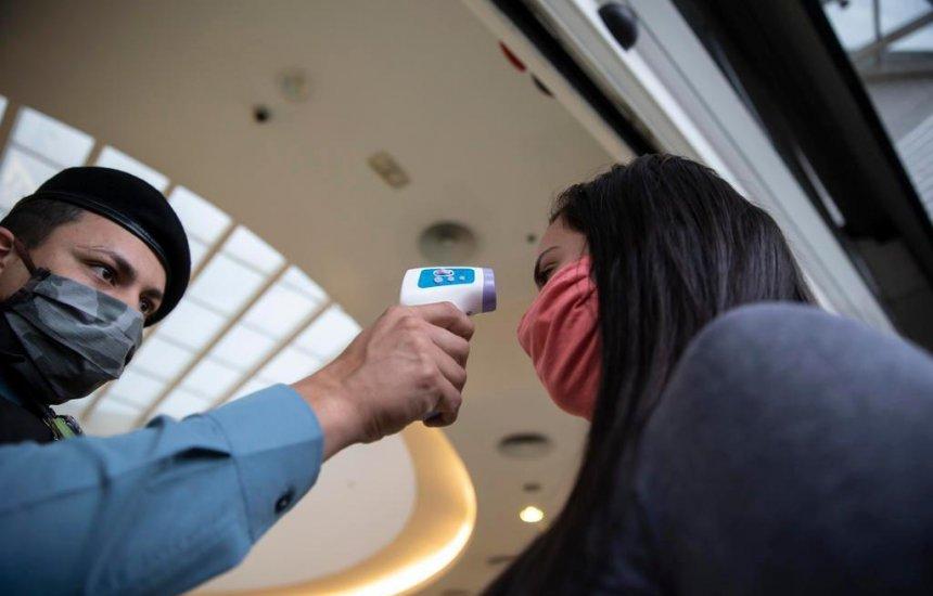 Proposta exige medição de temperatura para acesso a repartições públicas na pandemia