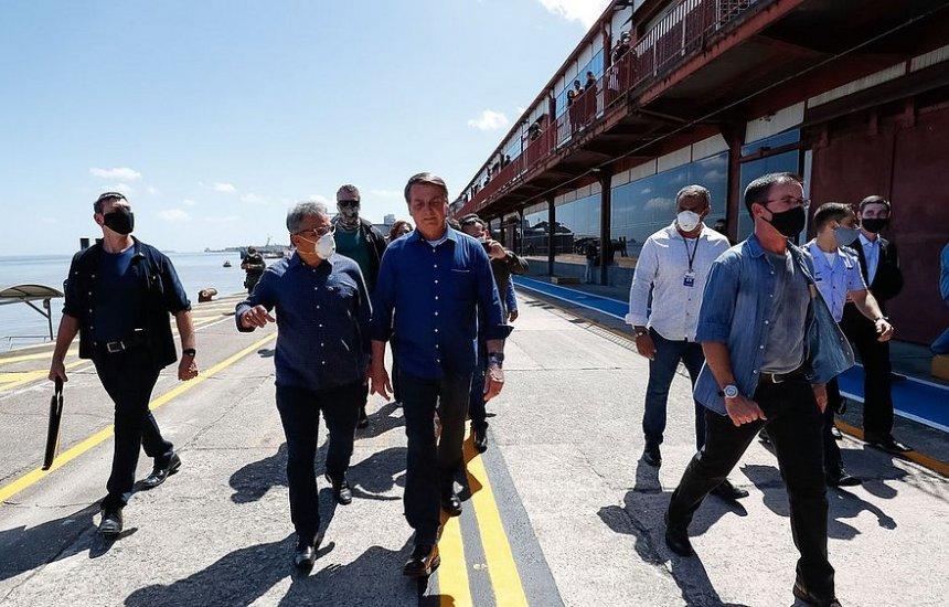 Bolsonaro destaca ações contra a covid-19: 'Desemprego leva à doença e morte'