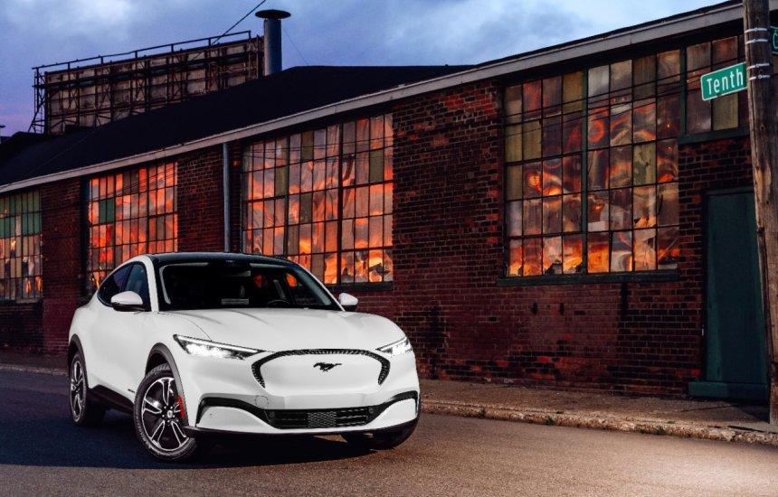 [Ford: Sons do Mustang Mach-E inspiram compositor de música eletrônica]