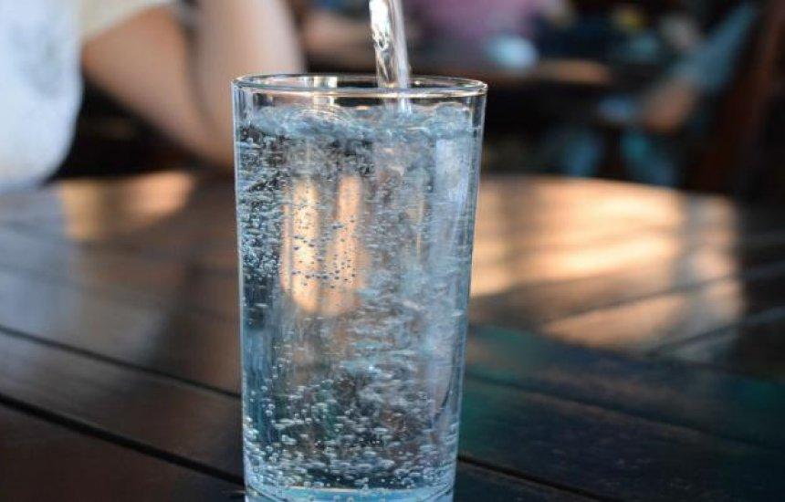 [Bebê de 1 ano e 8 meses morre e outras 15 crianças passam mal após tomar água na BA]
