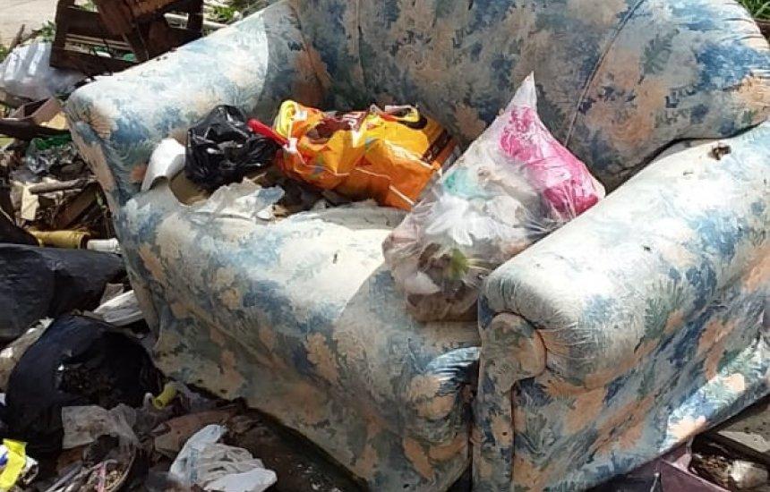 [Seu Bairro no CN: morador pede retirada de lixo no Jardim Limoeiro]