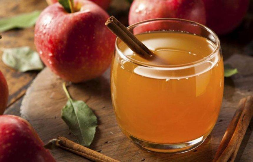 [Conheça o chá de maçã, que ajuda a prevenir e a tratar diversas doenças]