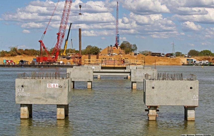 [Obras da nova ponte sobre o Rio São Francisco são vistoriadas por Rui Costa]