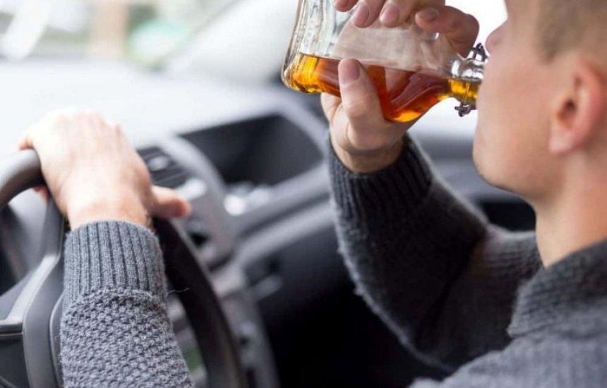 [Projeto de lei autoriza prisão de motorista embriagado que causa acidente com morte]