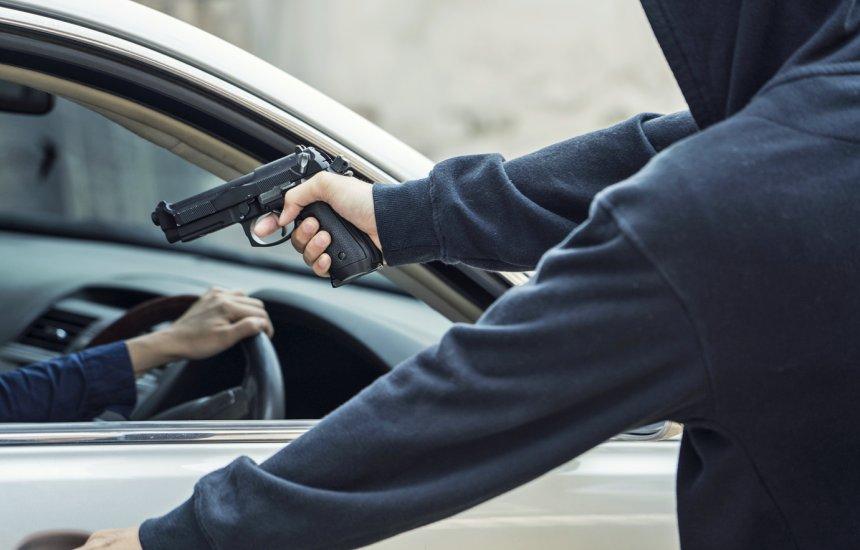 Polícia registra roubo de carro FOX no município de Camaçari
