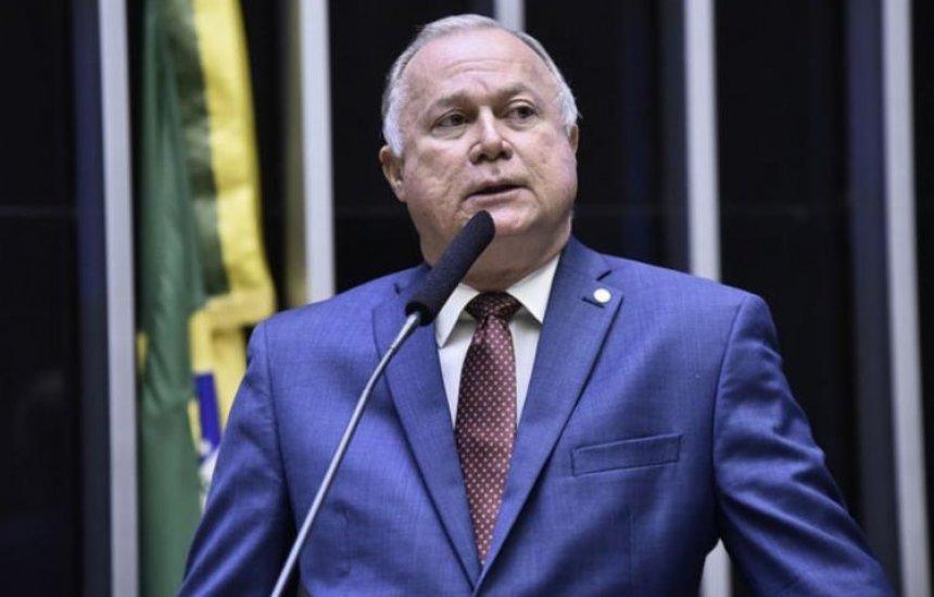 Bolsonaro indica Paulo Azi para vice-líder do governo na Câmara