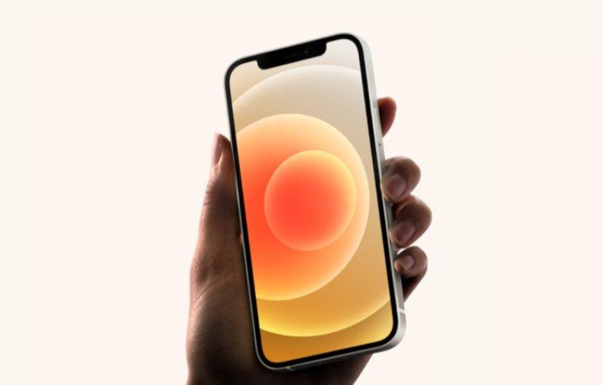 [iPhone 12 chega ao Brasil em 20 de novembro por a partir de R$ 6.999]