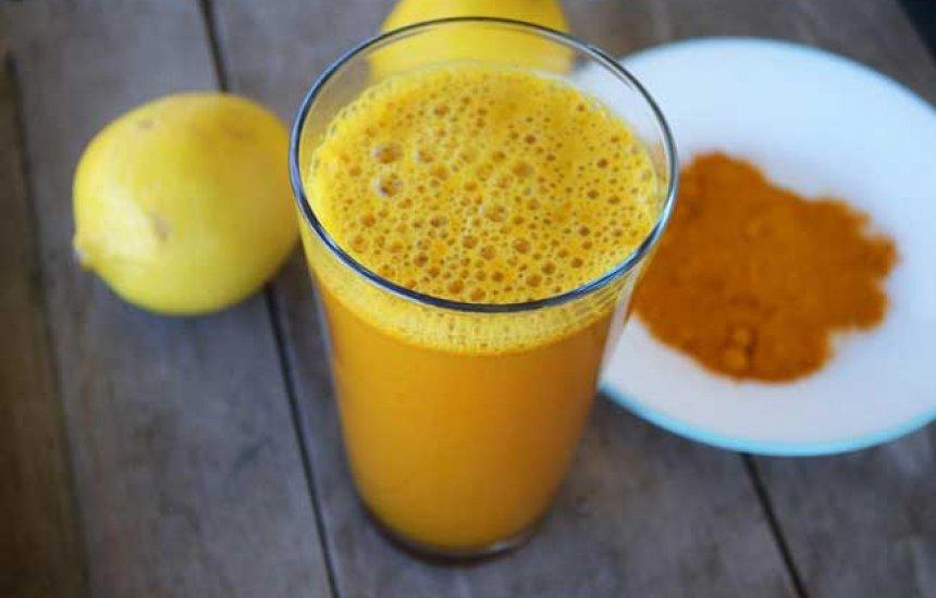 [Limonada com açafrão aumenta a imunidade e pode ajudar no combate à depressão]