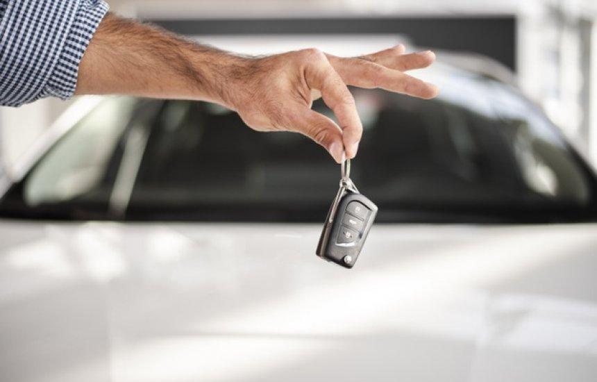 [Projeto de Lei define direito de surdo a isenção de IPI para compra de carros]