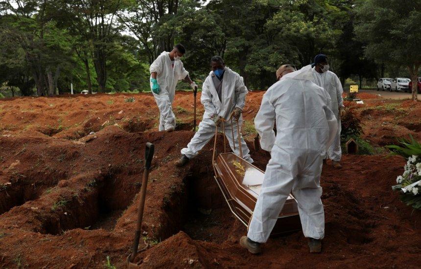 [Brasil já registra em dezembro maior nº de mortes por Covid desde setembro]