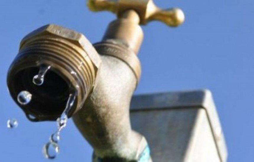 [Moradora da Nova Vitória diz que está sem água há 3 dias: 'Situação horrível']