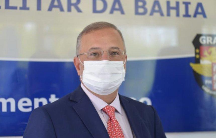 [Previsão é que cidades maiores na Bahia recebam vacina nesta terça, diz secretário]