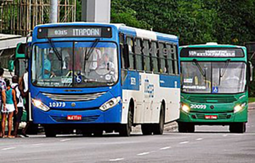 [Passageiro reage a assalto em ônibus e mata ladrão na San Martin]