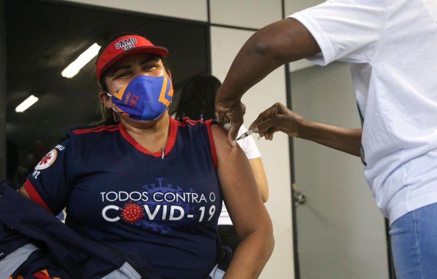 [Mulheres lideram índice de vacinados contra o coronavírus em Salvador]