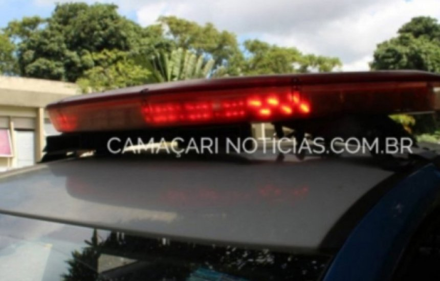 [Criminoso toma de assalto carro na noite dessa quarta em Camaçari]