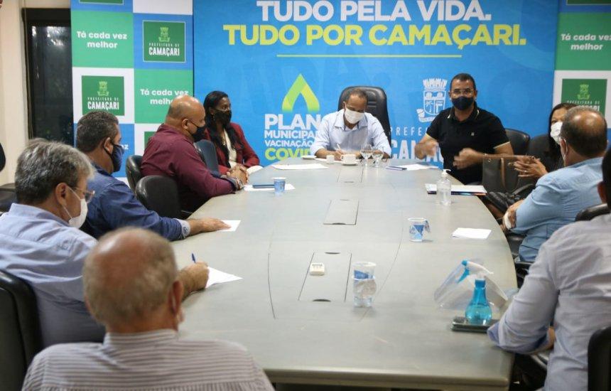 [Instituições privadas e representantes dos poderes Legislativo e Executivo discutem volta às aulas em Camaçari]