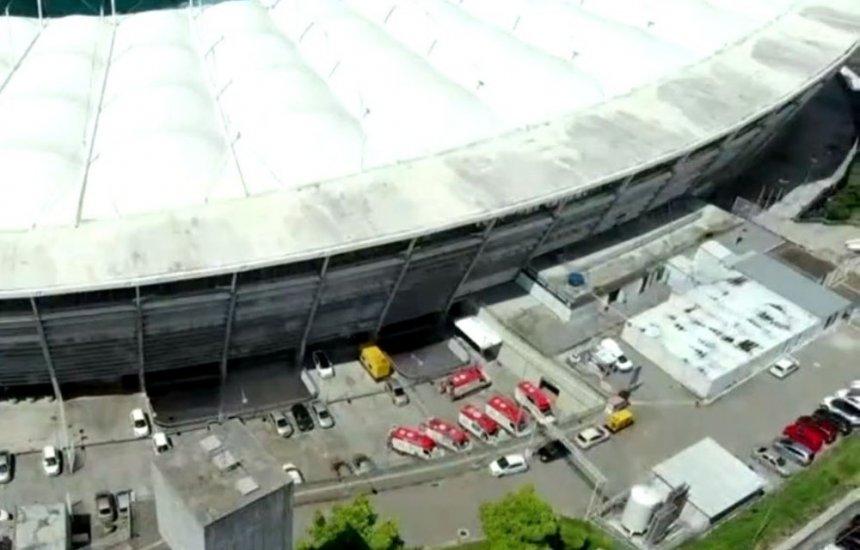 [Tubulação rompe e parte de forro do teto cai no hospital da Arena Fonte Nova, em Salvador]