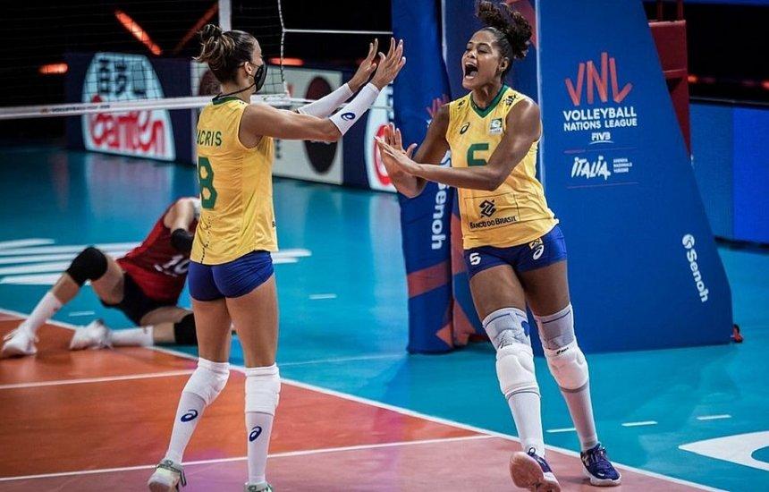 [Brasil bate a Coreia do Sul e avança à semi da Liga das Nações]